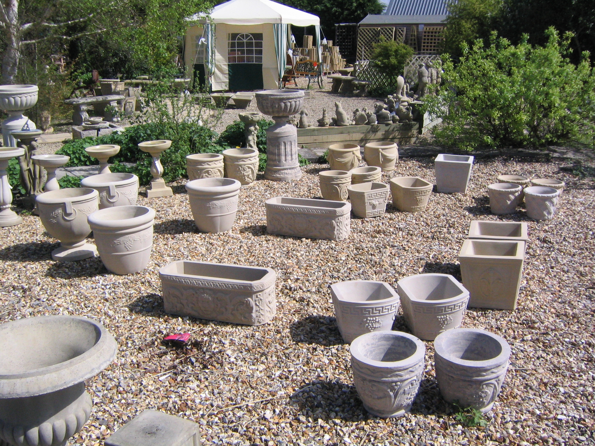 Stone planters uk plastic stone look cube planters from for Large garden stones for sale