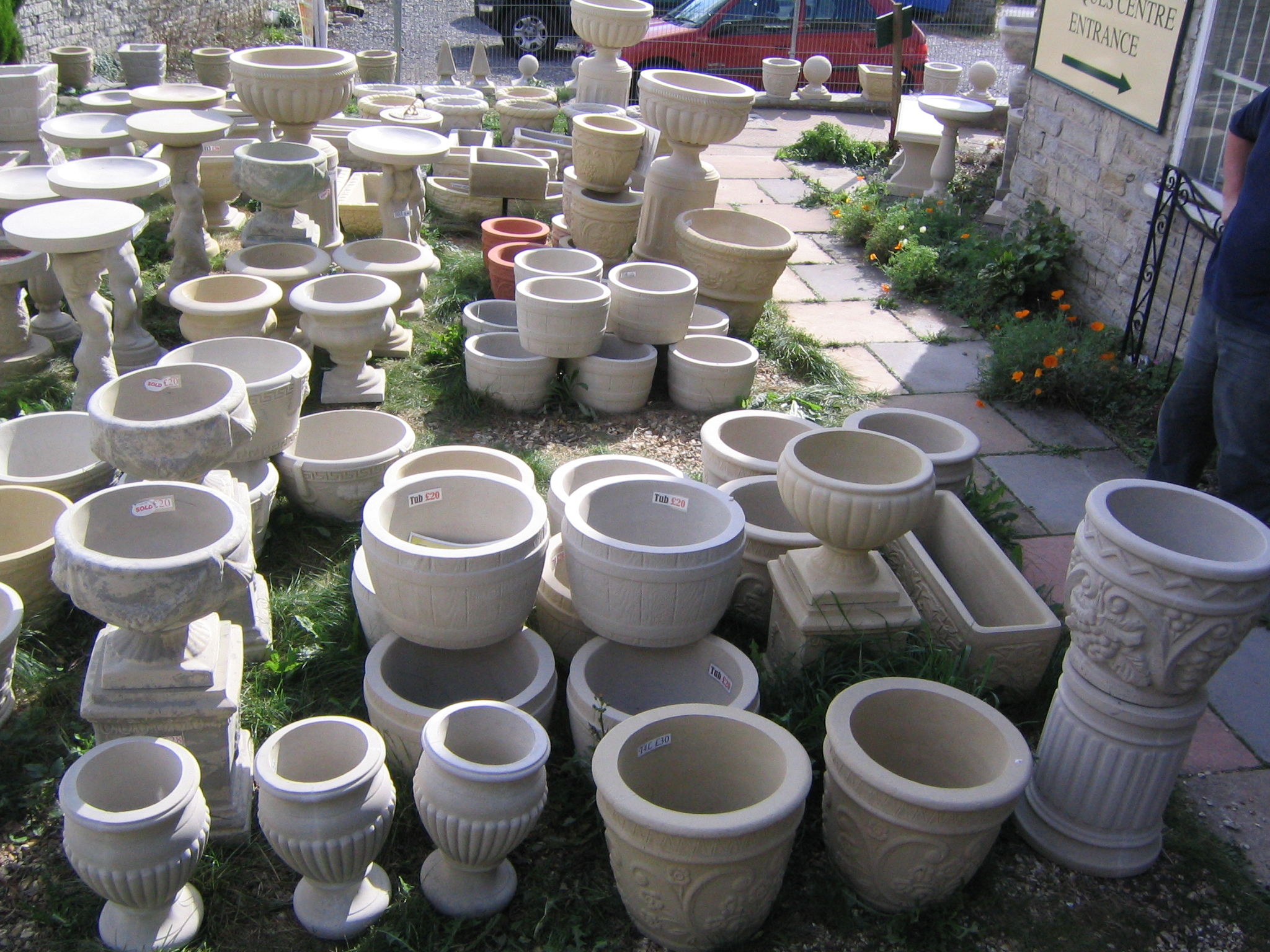 Somerset stone planters and the garden centre sheptonclassicstone outlet 1 workwithnaturefo