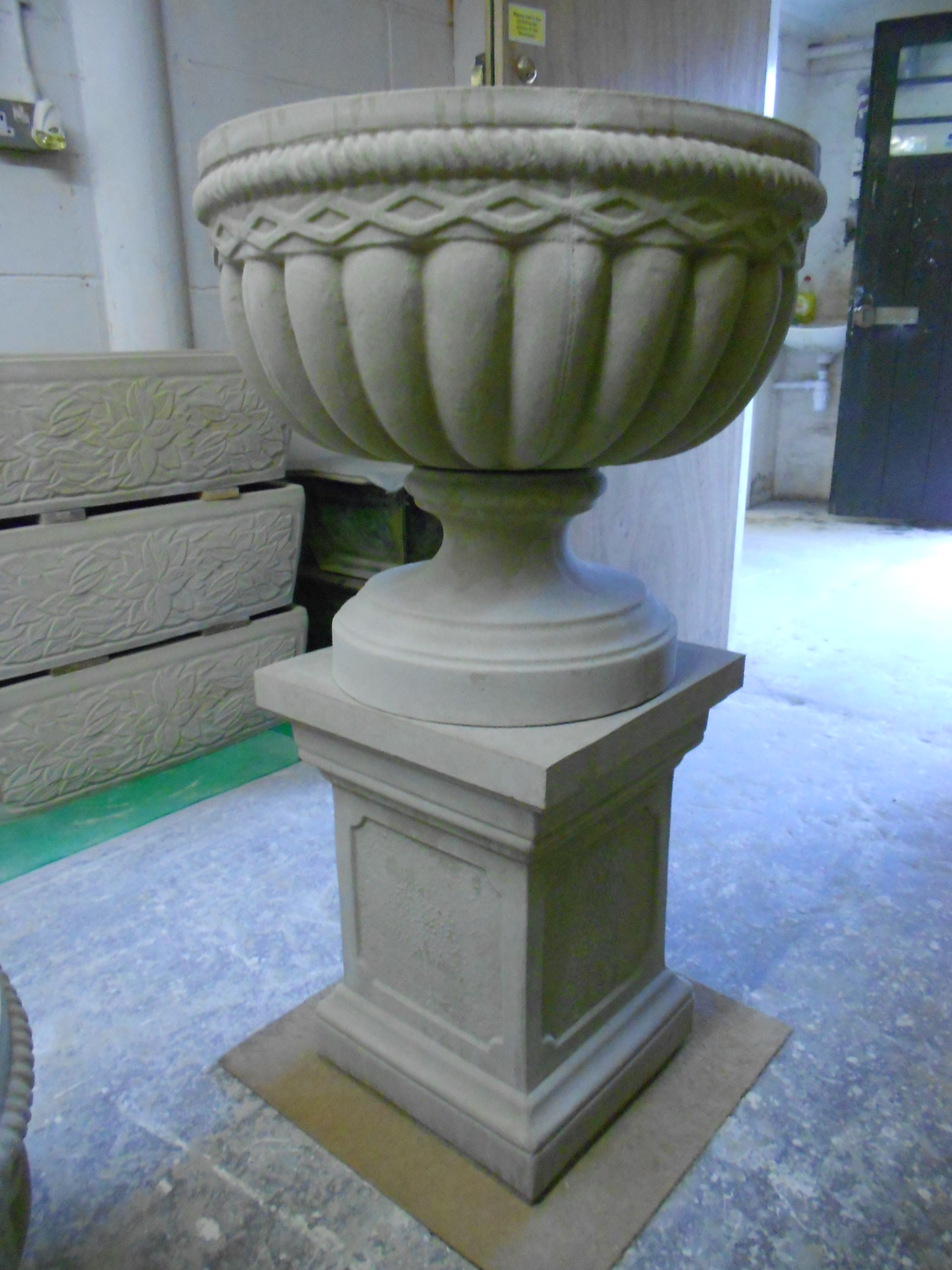 antique pedestal nord ouest planters espace concrete french objects